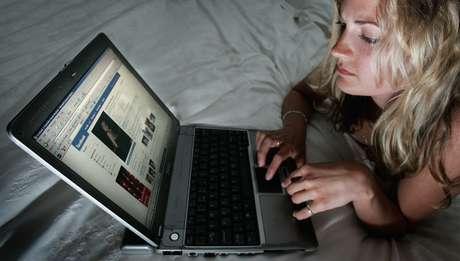 <p>Apenas 1% dos paissabeque os filhos tiveram relacionamentos que começaram online</p>