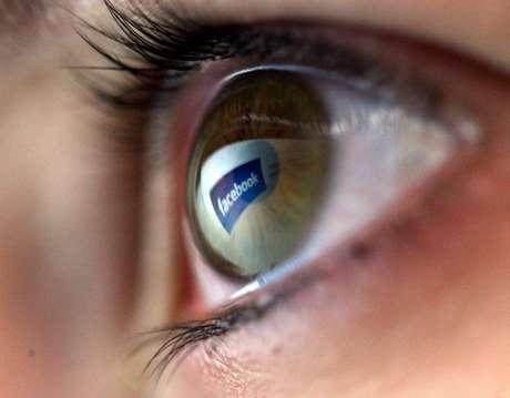 <p>Fique de olho em fotos que possam denegrir sua imagem</p>