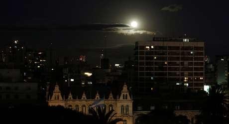 Superlua em Buenos Aires, capital da Argentina