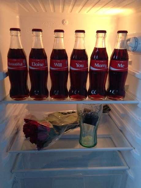 <p>Homem usou site da Coca-Cola que permite criar rótulos personalizados</p>