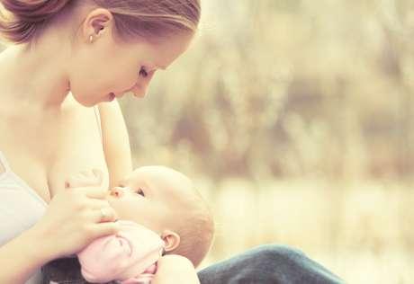 Agosto é o mês do aleitamento materno e enfatiza a importância do gesto com um evento mundial, que ocorre desde 1992, em 120 países, inclusive, no Brasil