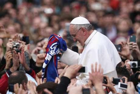Papa Francisco com a camisa do San Lorenzo: torcedor declarado do time argentino