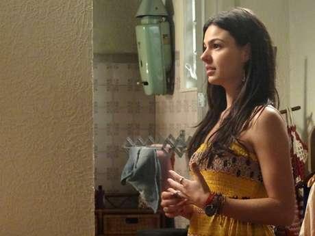 <p>Isis Valverde é Sandra em 'Boogie Oogie'</p>