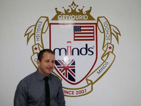 O empresário paulista Fabiano Castro vendeu tudo o que tinha para abrir uma franquia da Minds Idiomas em Belém do Pará e hoje é dono de 15 unidades espalhadas pelo país