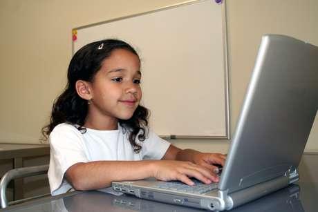 <p>Los padres deben preocuparse de la actividad onlineque tienen sus hijos desde que son muy pequeños, para poder establecer normas y aconsejarles al mismo tiempo</p>