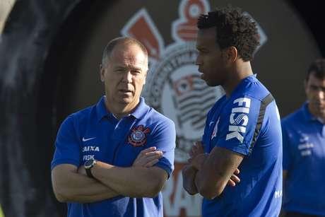 Mano conversa com Gil, convocado para Seleção Brasileira