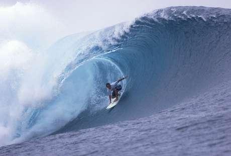 Fabio Gouveia em Pipeline; surfistas brasileiros construíram por anos a aos poucos reputação em ondas grandes