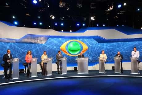 Sete candidatos a presidente fazem primeiro debate da eleição