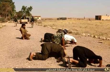 Soldados são executados a sangue frio em região próxima de aeroporto na Síria