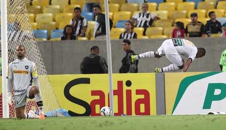 Bill fez o segundo gol do Ceará no Botafogo