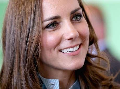 Kate cuida dos dentes, da maquiagem, do cabelo e da pele com muito cuidado