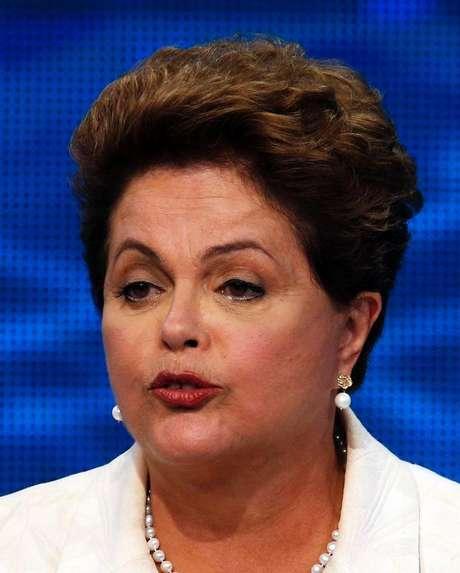 Presidente e candidata à reeleição Dilma Rousseff (PT) durante debate na TV em São Paulo. 26/08/2014