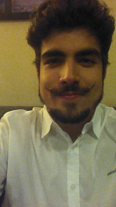 <p>Caio Castro fez selfie para o <strong>Terra</strong></p>