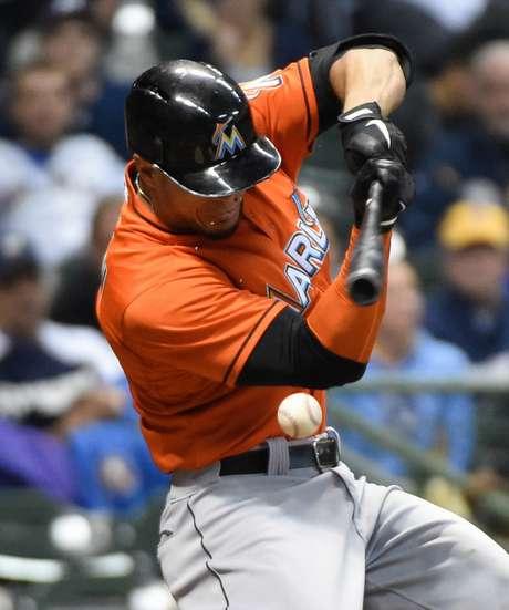 MLB: Stanton Leva Bolada No Rosto E Causa Comoção Nos