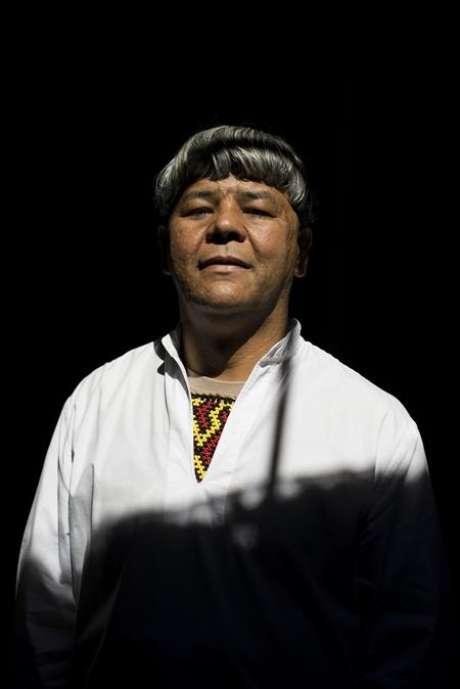 <p>Werá, membro da tribo Tapuias que foi criado pelos guaranis em São Paulo, é candidato a senador pelo PV</p>