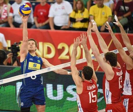 <p>Murilo voltou ao time brasileiro e foi importante em mais uma vitória</p>
