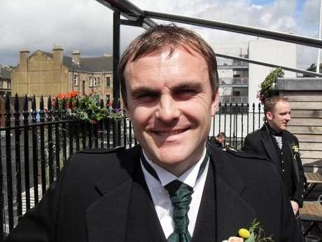 <p>Brian Gordon, 37 anos, diz queacompanha o debate por meio das mídias sociais, mais do que por jornais e televisão</p>