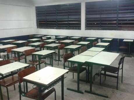 Sala de aula da Escola Estadual Padre Antônio Jorge Lima, em Bauru