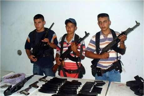 La desesperación por engrosar sus filas ha llevado al grupo criminal de Los Zetas a buscar nuevos integrantes hasta en cinco estados, principalmente del sur del País.