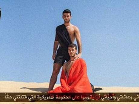 <p>Um dos posters é inspirado na decapitação de dois jornalistas americanos e de um voluntário britânico</p>