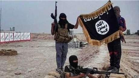 Grupo autodenominado 'Estado Islâmico' tem atraído extremistas estrangeiros