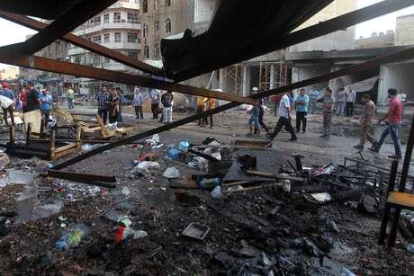 Cidade de Bagdá, no Iraque, sofreu ataques de carros-bomba
