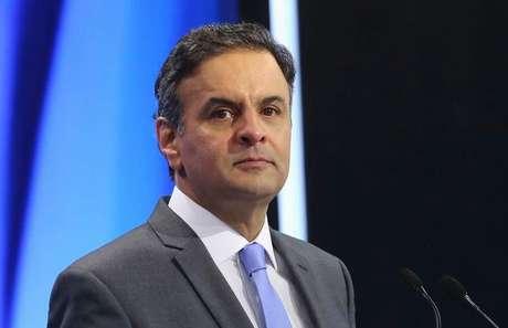 <p>Aécio Neves ocupou o cargo no mesmo período em que seu pai foi deputado federal pela Arena</p>
