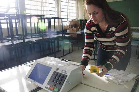 <p>São Paulo tem 17% das urnas apuradas</p>