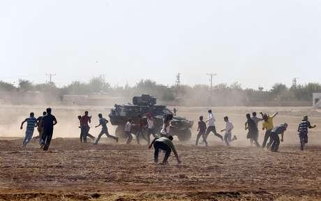 Os conflitos na cidade de Kobani acontecem entre os curdos e os jihadistas, que já tomaram parte do território