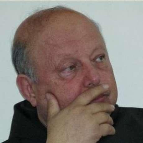 O padre foi sequestrado pela Frente al-Nusra, na Síria, junto de outros 20 cristãos