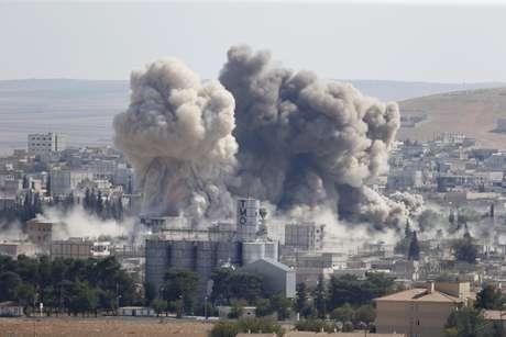 Bombardeios realizados pela coalizão mataram pelo menos 57 pessoas na fronteira entre a Síria e a Turquia