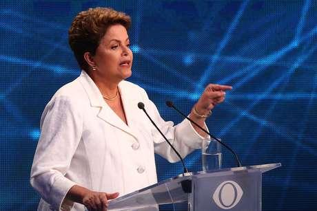 <p>No debate da Band, Dilma citou relatórios do site do TCE mineiro</p>