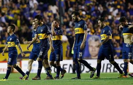 Deportivo Capiatá derrotó a Boca por 1 a 0 en un discreto partido que juegan esta noche por la ida de los octavos de final de la Copa Sudamericana. El único gol lo marcó Lisandro Magallán en contra de su valla