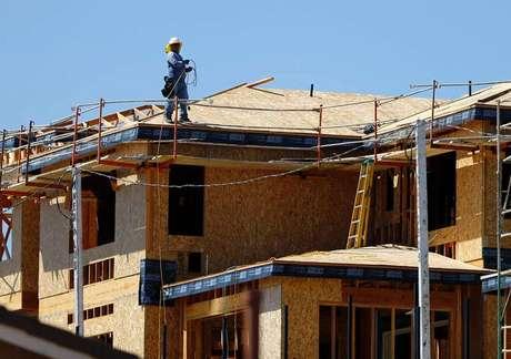 Inicios y permisos de construcci n de casas en eeuu suben - Permisos para construir una casa ...
