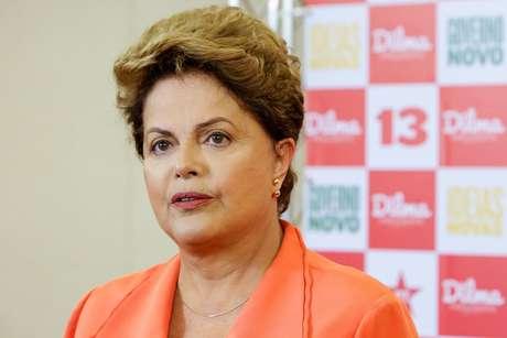 <p>O comportamento não foi comigo apenas. Da mesma coisa que ele acusou a candidata Luciana Genro (Psol), disse Dilma</p>