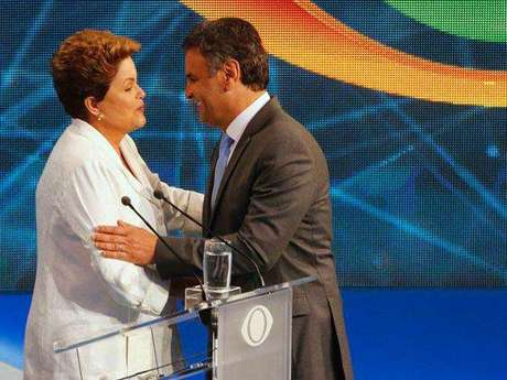 <p>Candidatos durante o debate realizado na TV Bandeirantes</p>