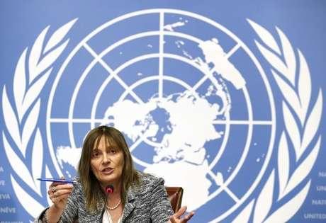 <p>Diretora-geral-assistente da OMS para sistemas de sa&uacute;de e inova&ccedil;&atilde;o, Marie-Paule Kieny, concede entrevista coletiva sobre a vacina&ccedil;&atilde;o contra o ebola, em Genebra, na Su&iacute;&ccedil;a, nesta ter&ccedil;a-feira. 21/10/2014</p>
