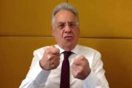 <p>Imagem do vídeo gravado peloex-presidentetucano</p>