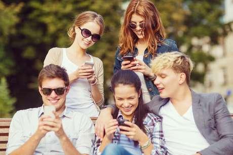 Pesquisa realizada pela Universidade Federal do ABC revelou que 83,8% dos paulistanos utilizam a internet regularmente e 60,1% das pessoas disseram se conectar por redes Wi-Fi fora de casa