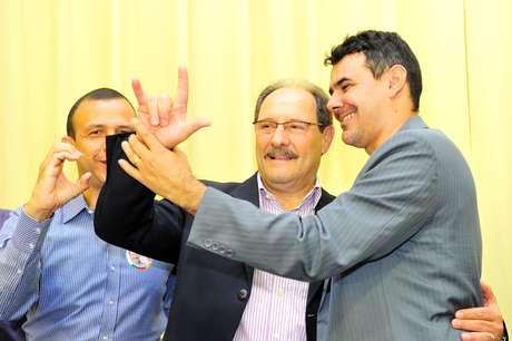 O Partido Republicano Brasileiro (PRB) oficializa apoio à candidatura de José Ivo Sartori (PMDB) no segundo turno, em 10 de outubro