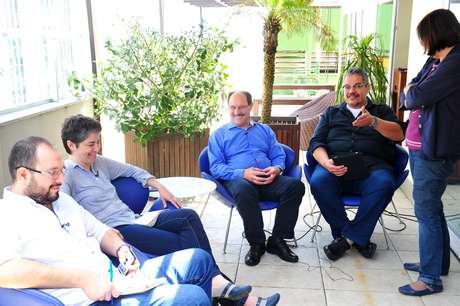 <p>Candidato José Ivo Sartori participa de sabatina de jornalistas do Terra em Porto Alegre, no dia 20 de outubro</p>