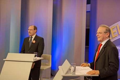 Jose Ivo Sartori e Tarso Genro participam do último debate do segundo turno, na RBS TV, em 23 de outubro