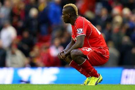 Liverpool, de Balotelli, continua sem embalar no Inglês