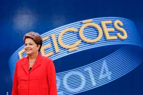 Dilma Rousseff (PT) durante o debate na TV Globo nesta sexta-feira