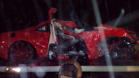 Carro de Taveras ficou destruído após acidente