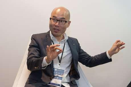 Casey Hyun começou desenhando designs para celulares e hoje é chefe da área na Hyundai