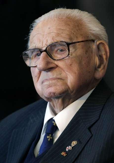 """<p>''Acho que não aprendemos com os erros do passado"""", declarouNicholas Winton, hoje com 105 anos, em entrevista</p>"""