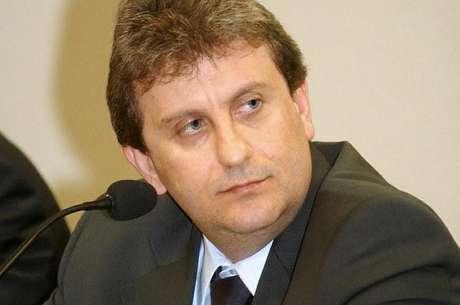 <p>No sábado, AlbertoYoussef foi levado ao Hospital Santa Cruz, em Curitiba, após passar mal na carceragem</p>