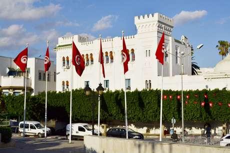 <p>Tunísia dá novo passo rumo à democrácia, a promoção de suas primeiras eleições presidencias desde a primavera árabe</p>