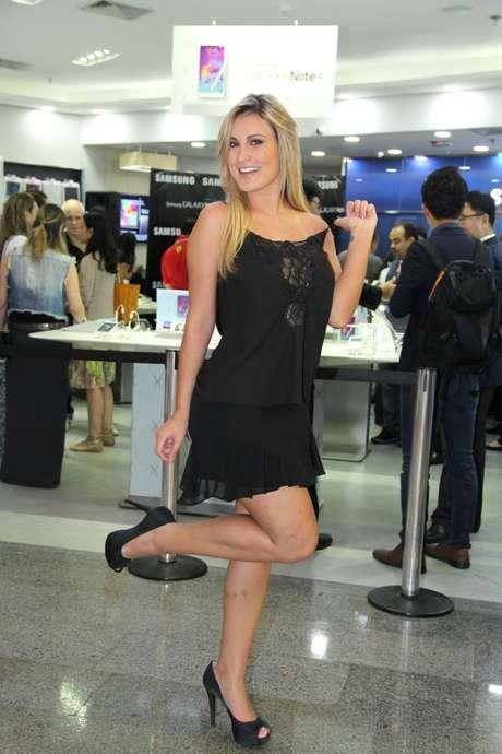 <p>Andressa Urach está internada desde domingo em Porto Alegre</p>